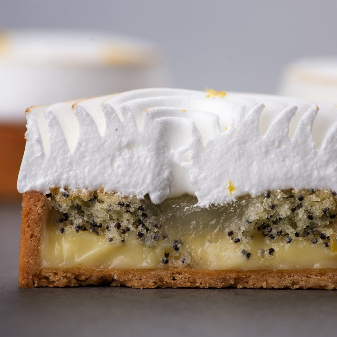 Lemon – Poppy seeds tartlet