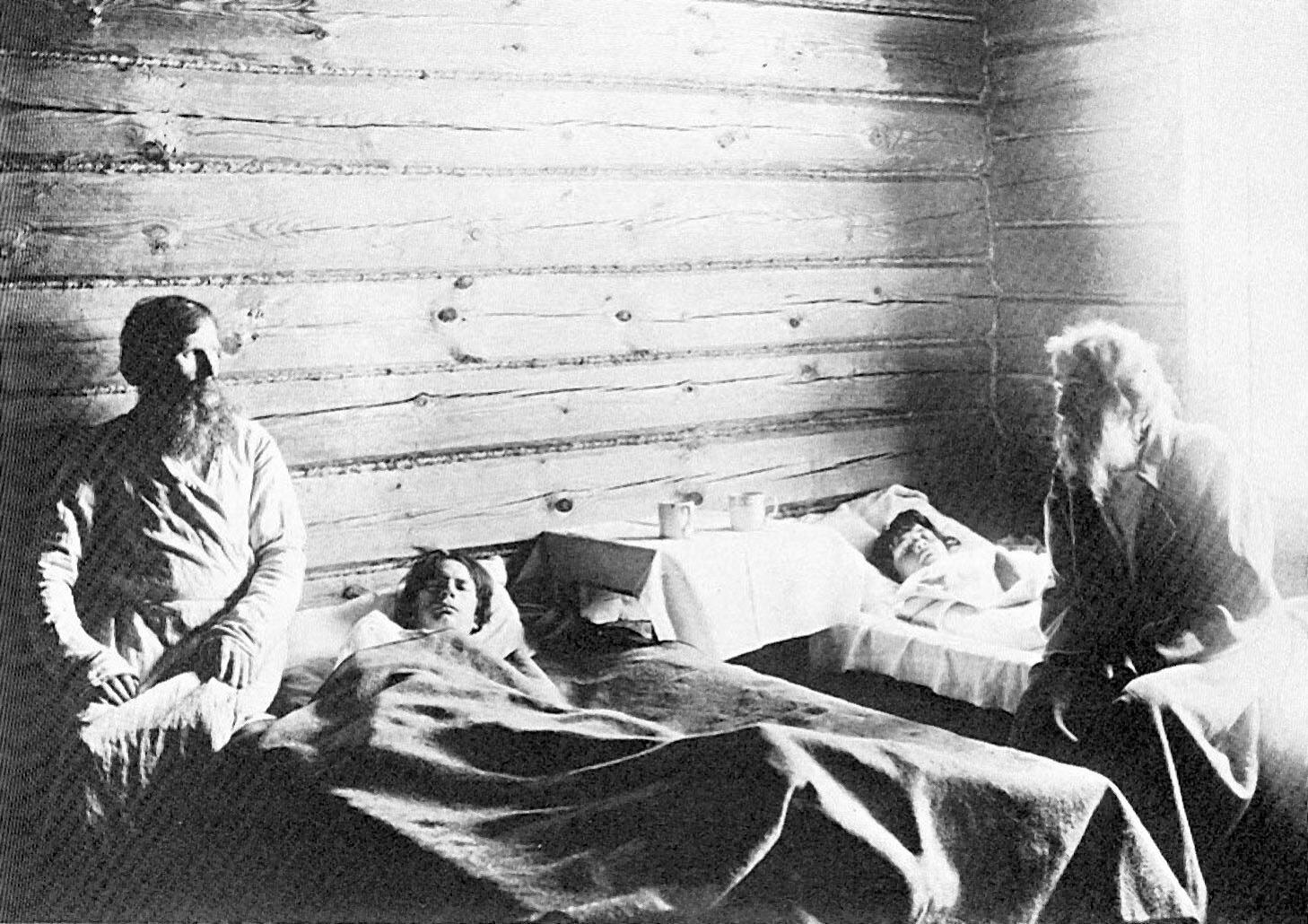 Максим Дмитриев. «В земской больнице» (1892)