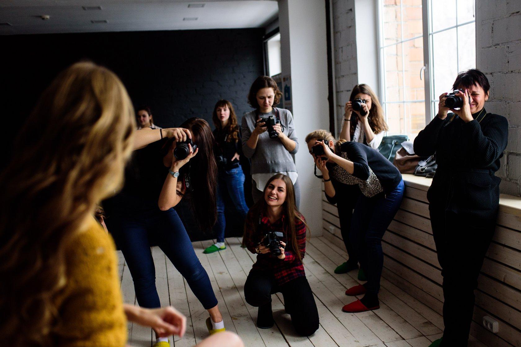 лучшие курсы фотографии в москве при институте таких случаях