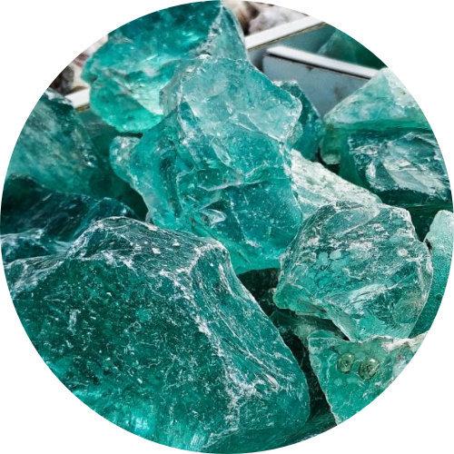 Бирюзовый эрклез, светло-голубое кусковое стекло