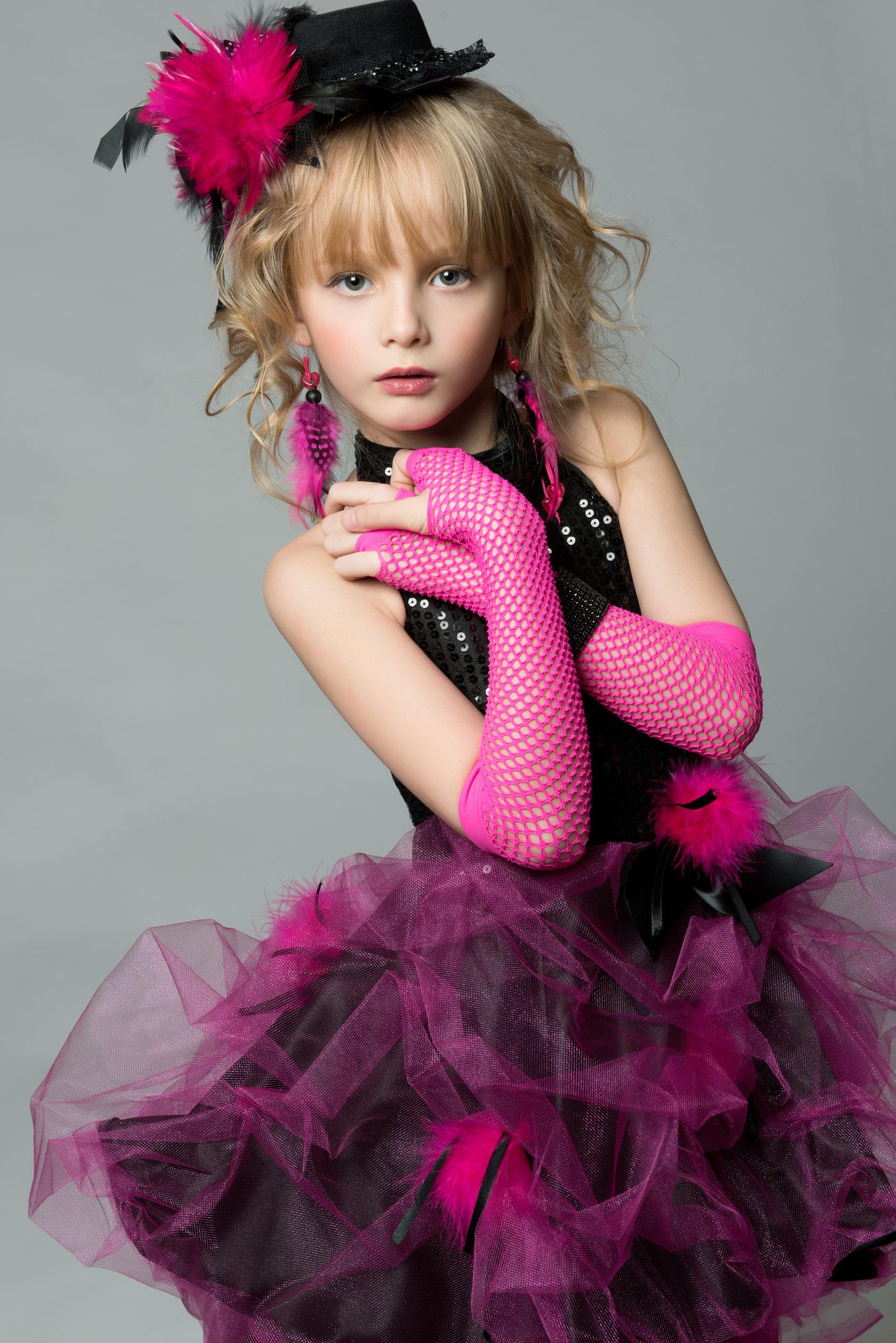 девушки фотосессии мини моделей каждой серии