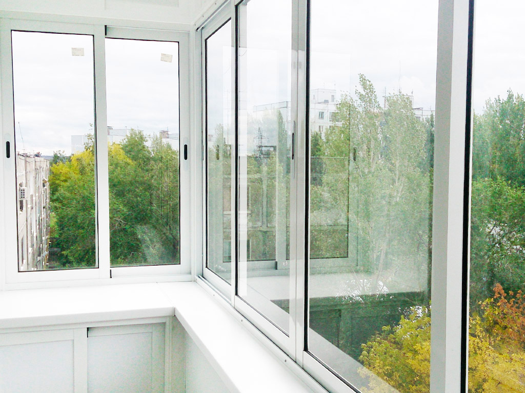 остекленный балкон