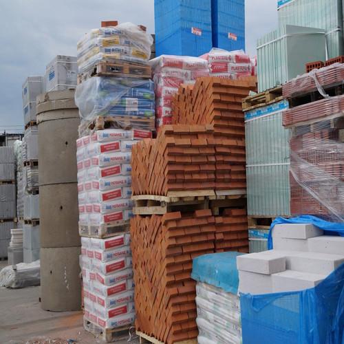 Хранение Строительные материалы в контейнере 15 м2.