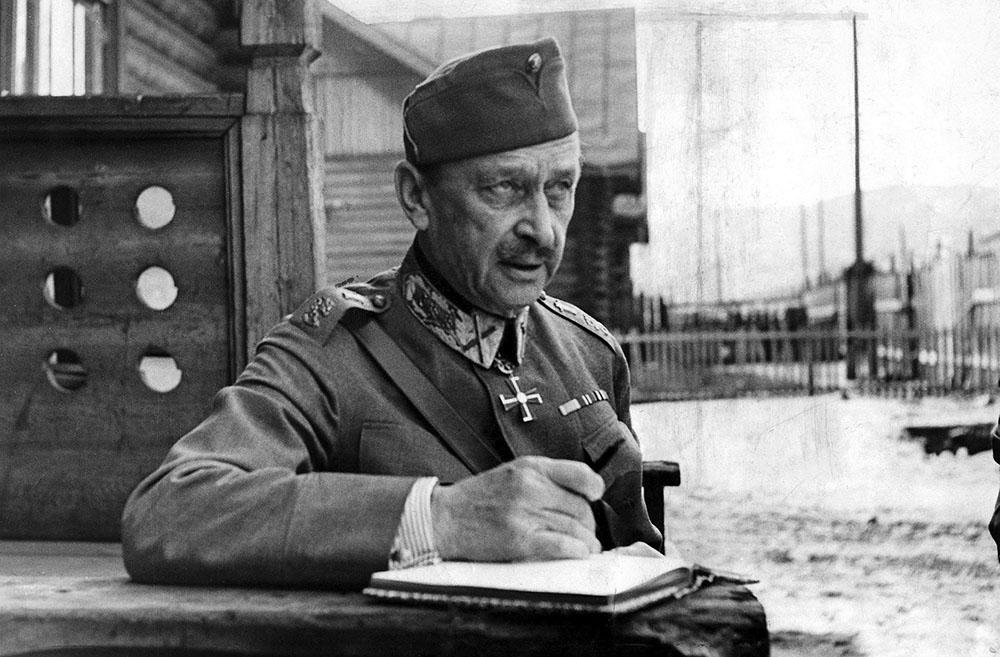 В конце 1930-х 70-летний Маннергейм планировал уйти в отставку.  Война не позволила