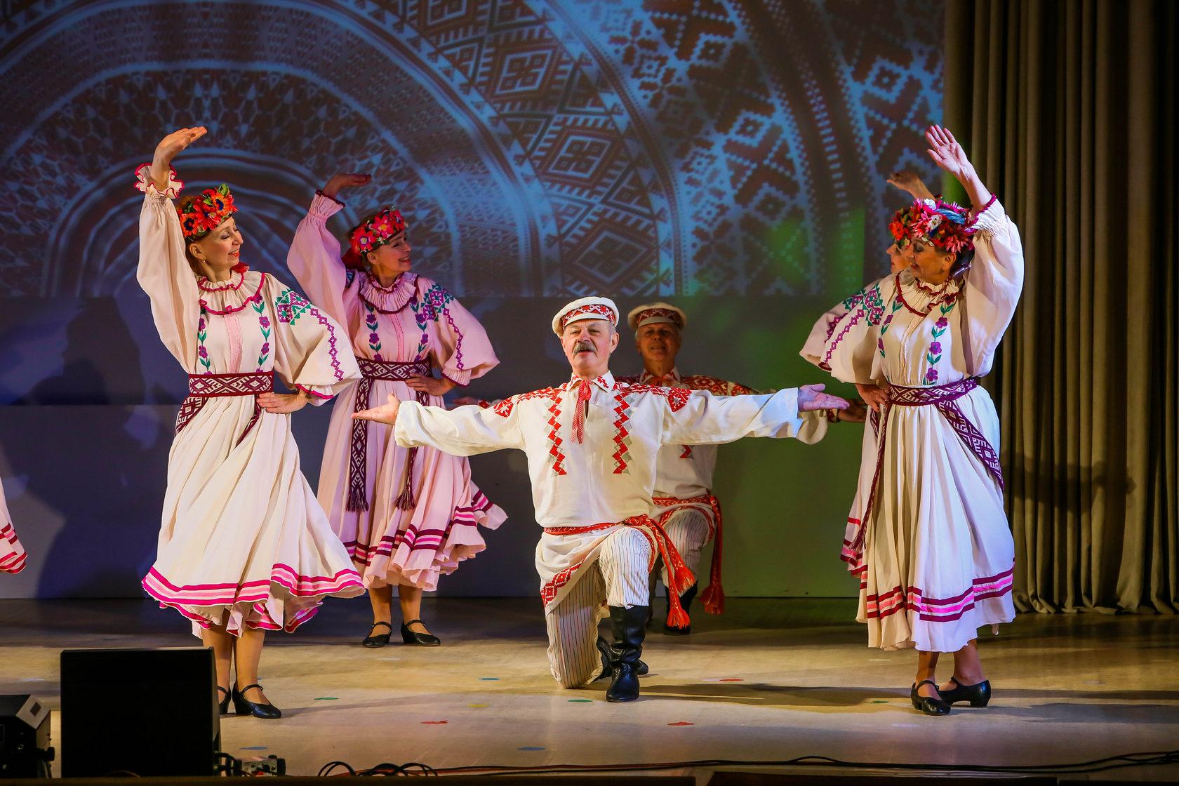 фото основных движений белорусских народных танцев строят крупные здания
