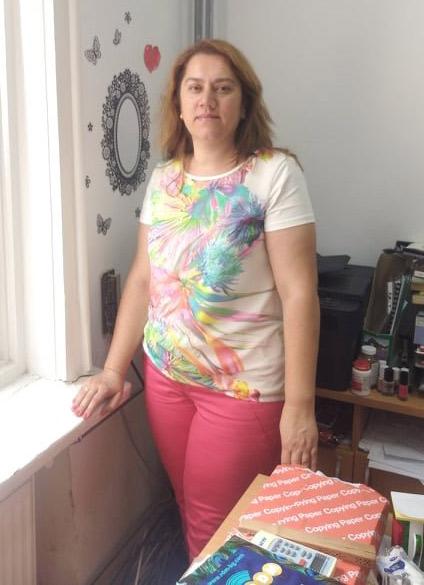 Дълга дамска тениска тип туника, налична и в големи размери от Ефреа.