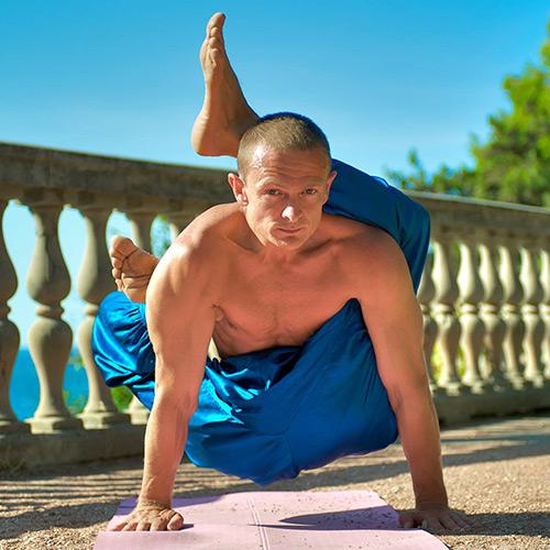 Йога для мужчин для начинающих