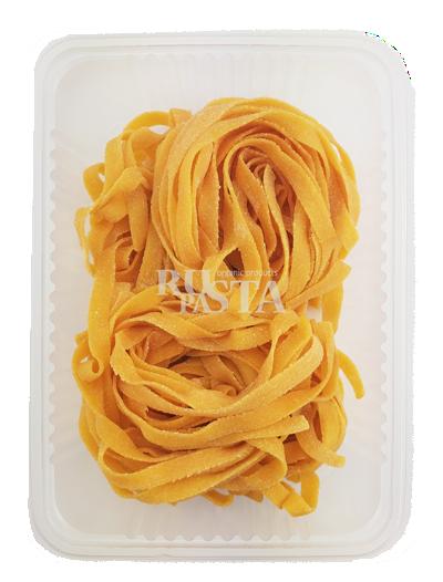 Свежая паста fresca в контейнере от Плантос