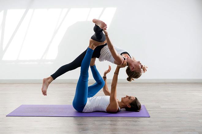 Йога для пар Киев