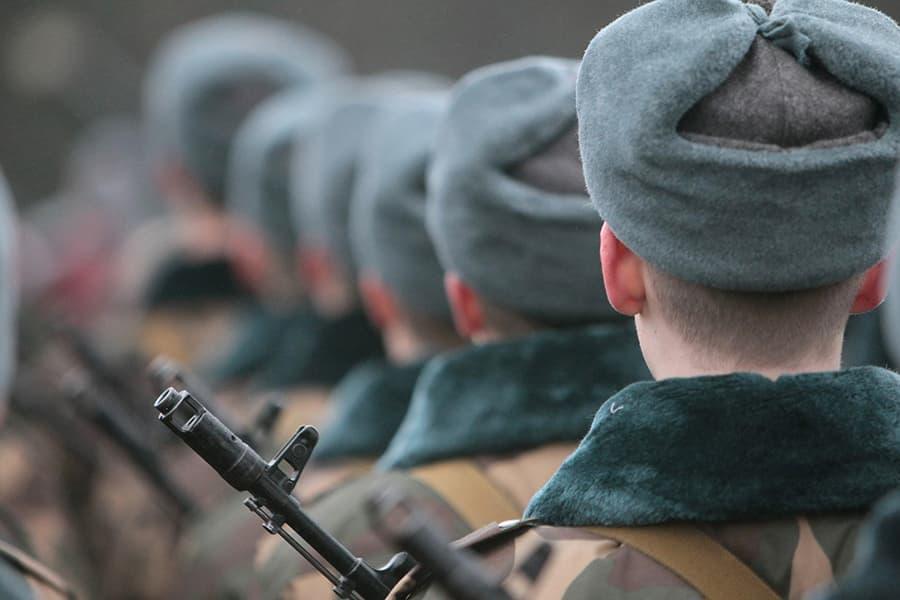 Какой срок беременности жены освобождает от службы армии в беларуси