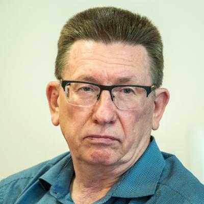 """главный инженер ООО """"Спецтранс"""" Геннадий Селезнев"""