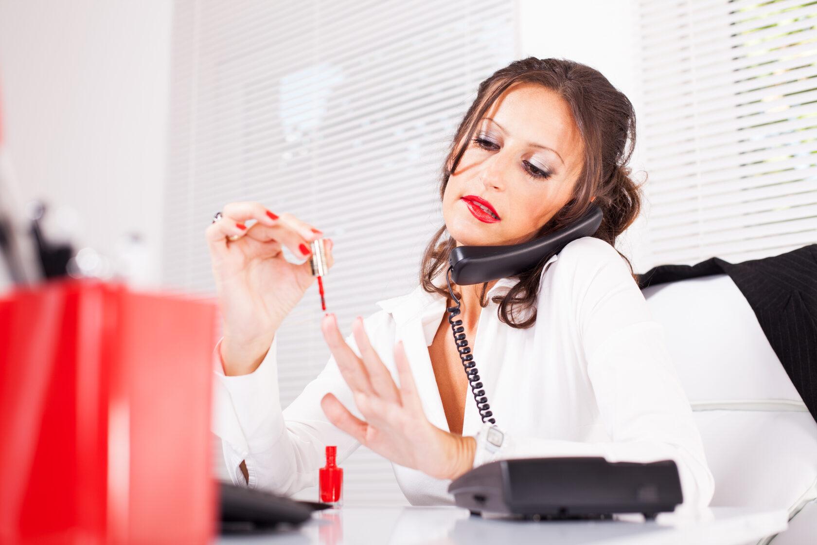 Общение онлайн не профессиональных компаний
