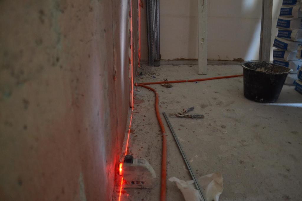 лазерный уровень для маяков стен
