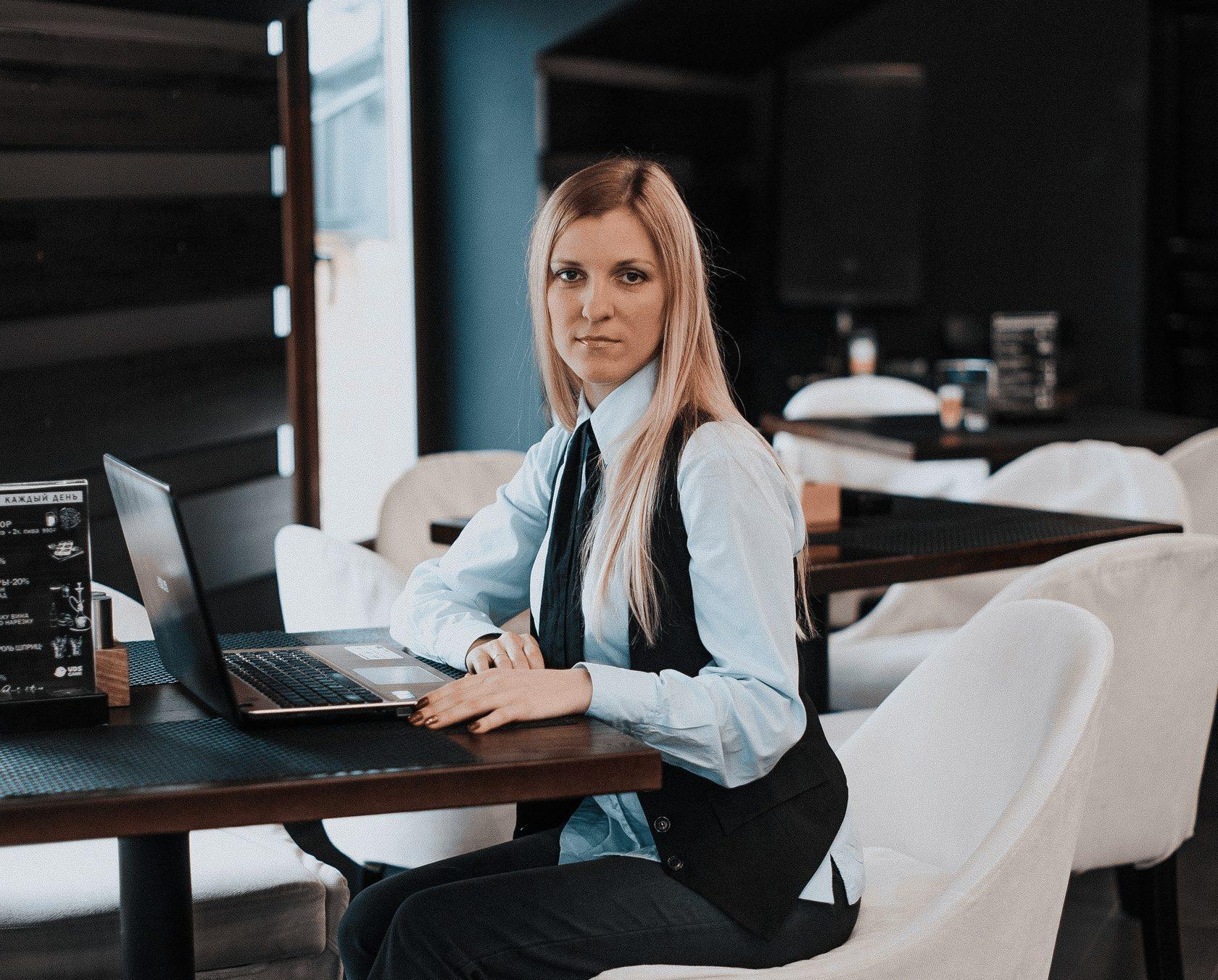 Работа бухгалтера на дому вакансии москва вакансии в строительные организации бухгалтера