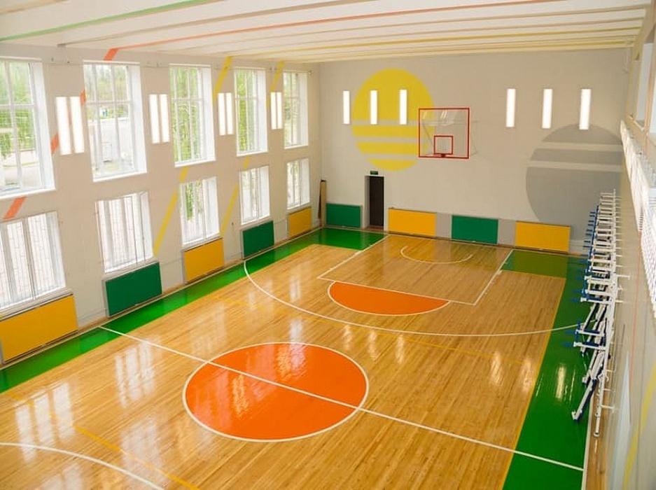Произведено спортивное оборудование (щиты и фермы для баскетбола, стойки для волейбола, спортивные сетки, канаты, шведские стенки, скамейки, турники) для школ г.Магас республики Ингушетия