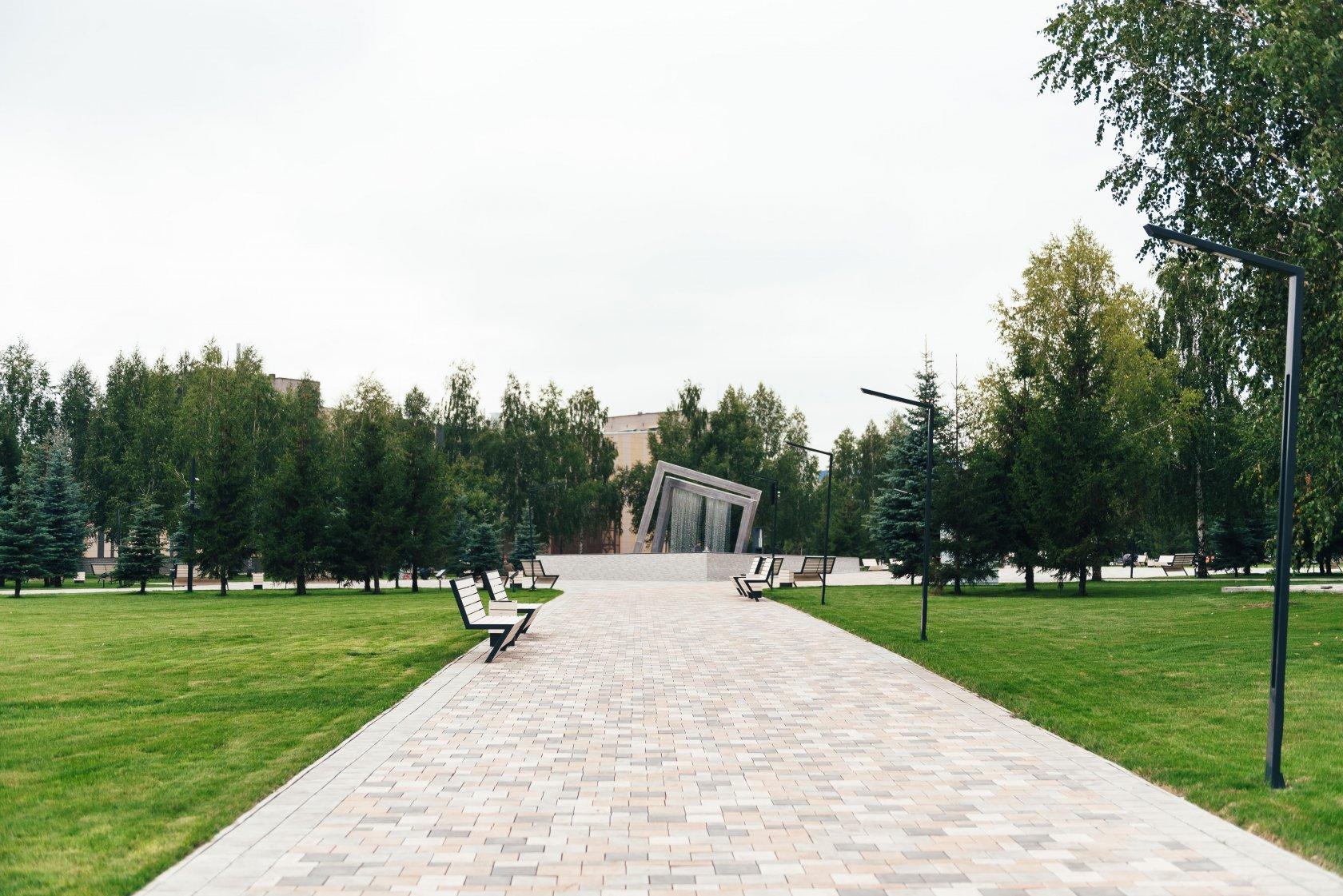 Нижнекамск сквер лемаева 8 [PUNIQRANDLINE-(au-dating-names.txt) 37
