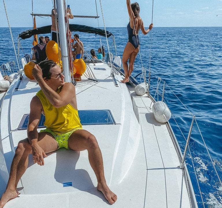 Как сделать хорошую фотку на яхте, когда все вокруг тоже фотографируются