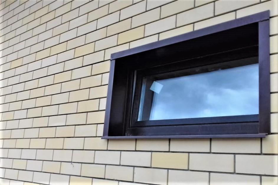 Наружная отделка на Базовых окнах с ламинацией