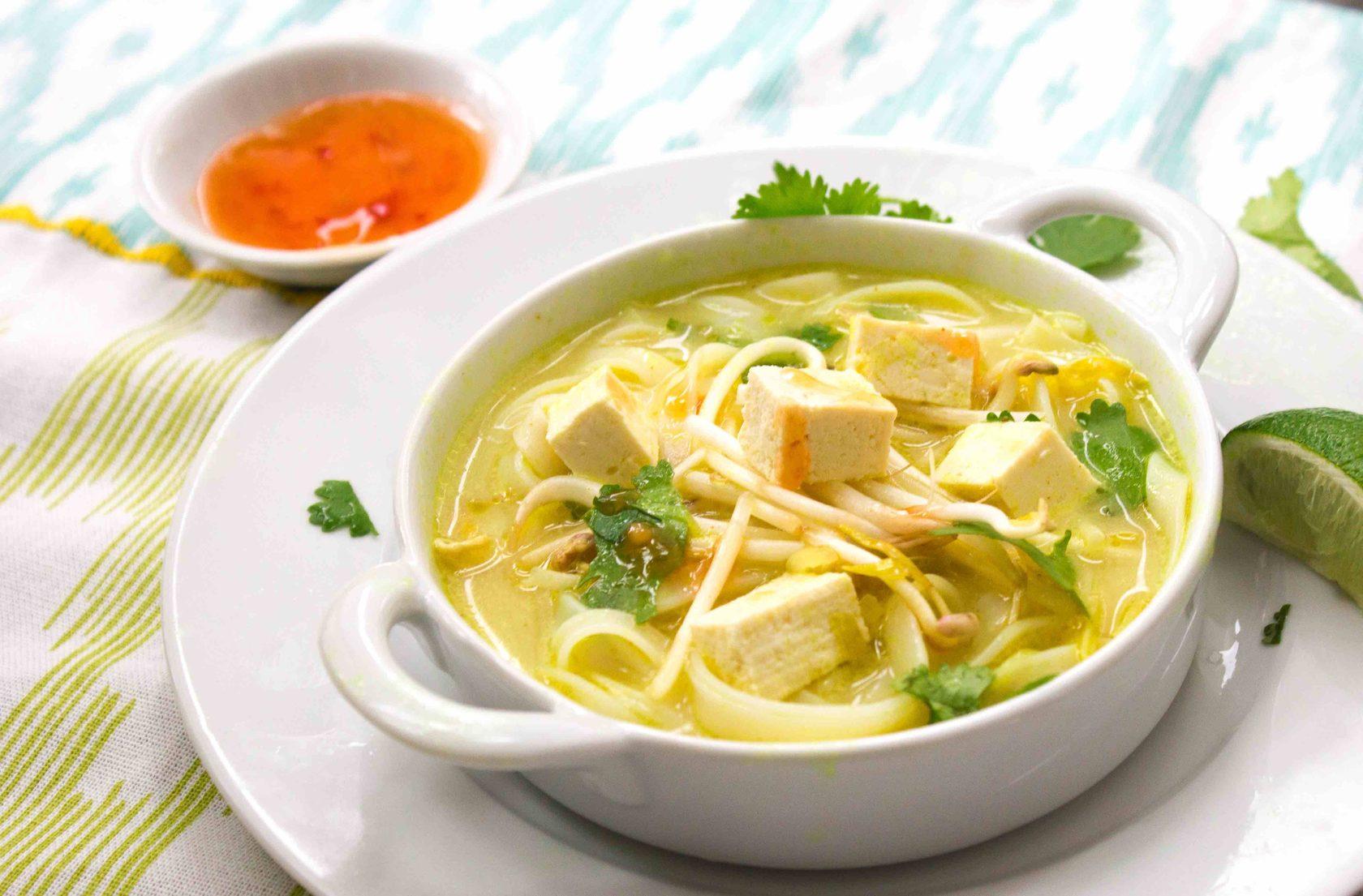 Доставка обедов москва / Суп куриный