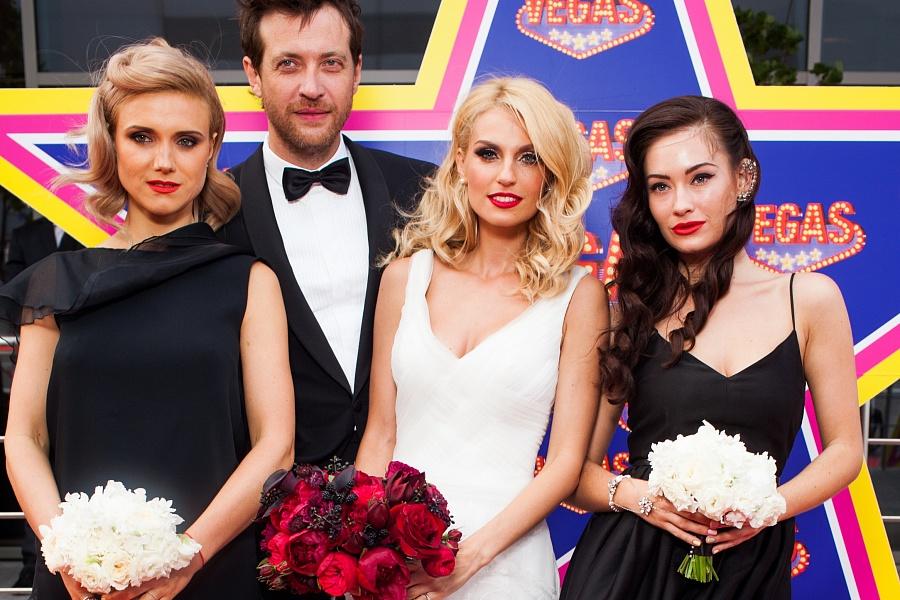 самом муж саши савельевой фото со свадьбы была так возмущена