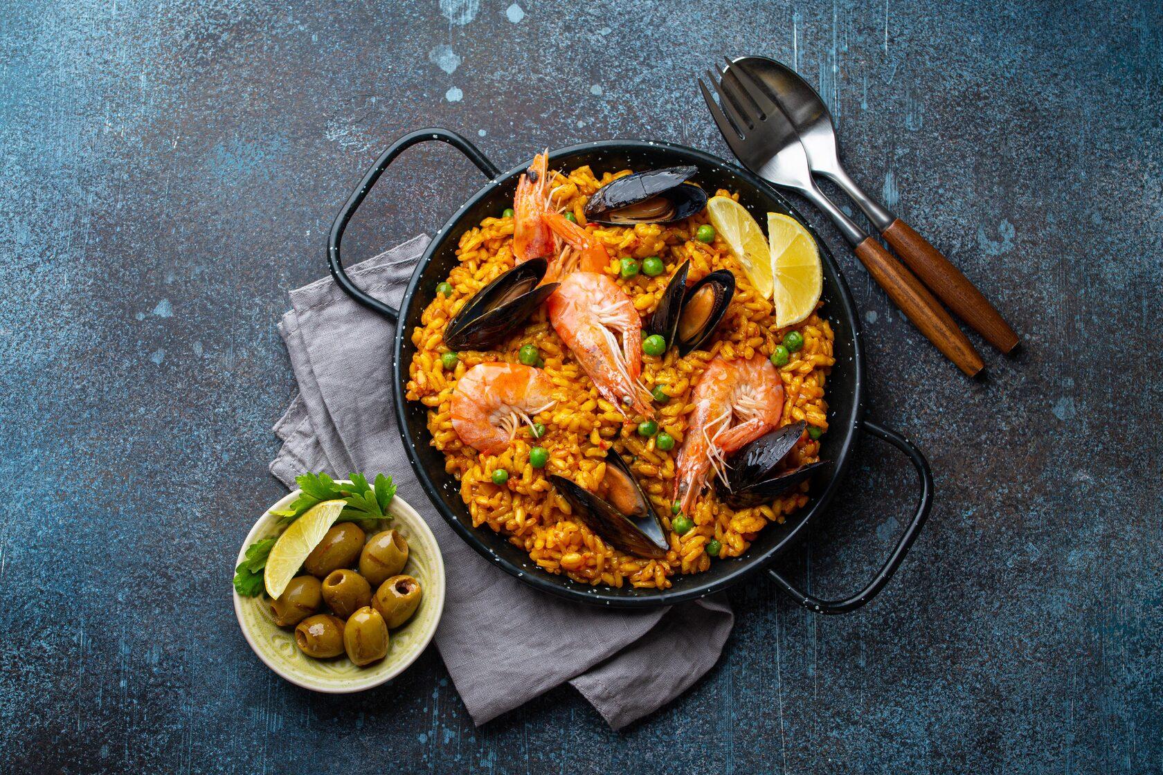 Паеля с морски дарове и ориз Бомба Krina