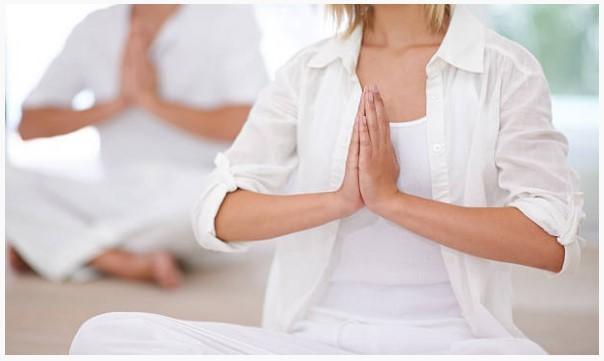 Дневные тренировки по йоге
