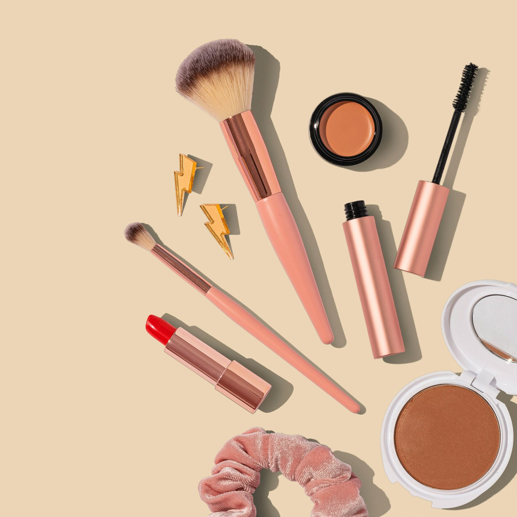 10 Easy Makeup Tips And Tricks You Add In Your Routine