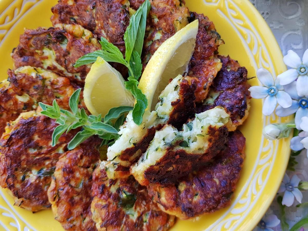 Котлеты из кабачков (цукинни) с сыром. Блог Вкусный Израиль.