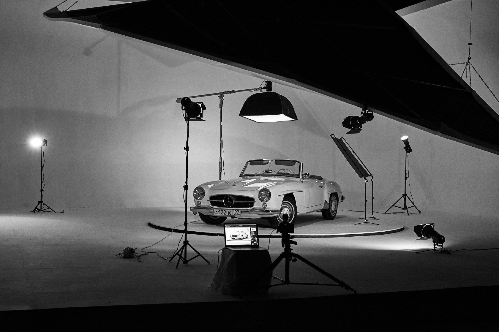 С какого ракурса лучше фотографировать машину
