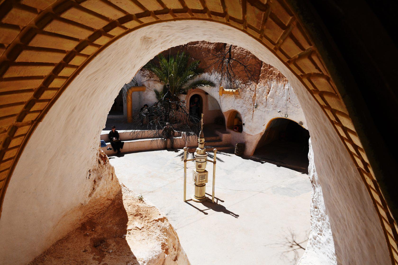 Yıldız Savaşlarından Luke Skywalkerin Tunustaki evi 96
