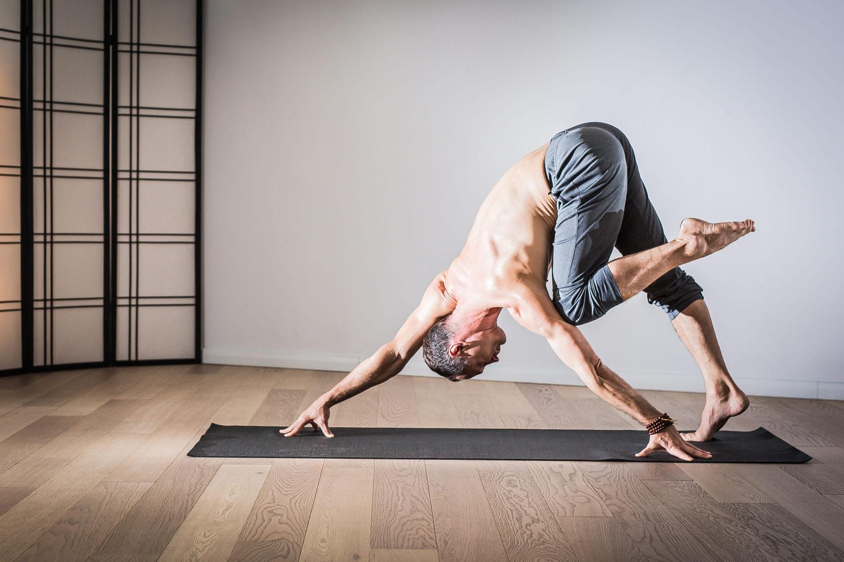 Персональные тренеры по йоге