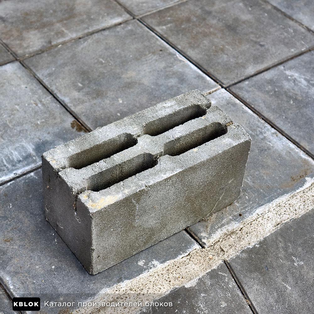 Пескоцементный блок