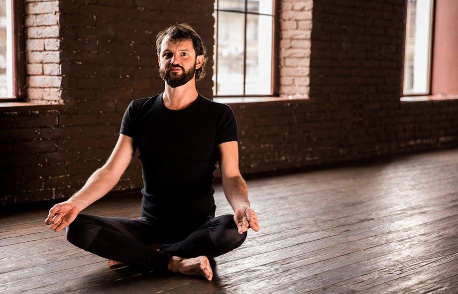 Большой зал для йоги