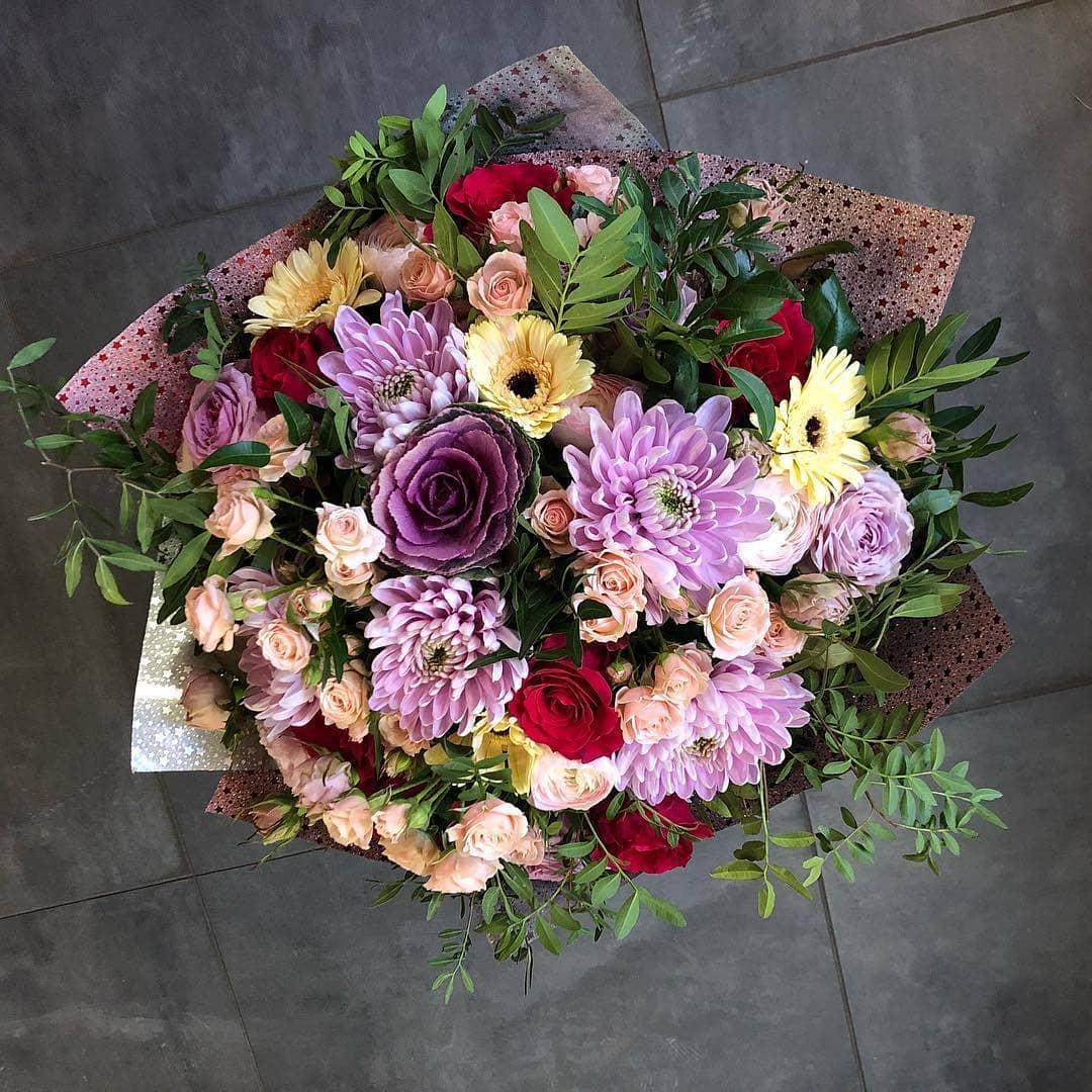 Букет цветов купить киров круглосуточно, оформить букет