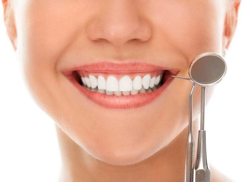 имплантация зубов и вредные привычки
