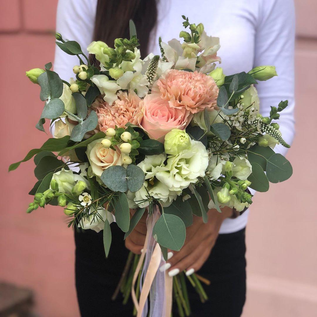 Круглый букет невесты заказать киеве