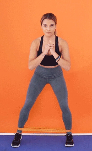 Упражнения на ноги с фитнес резинкой