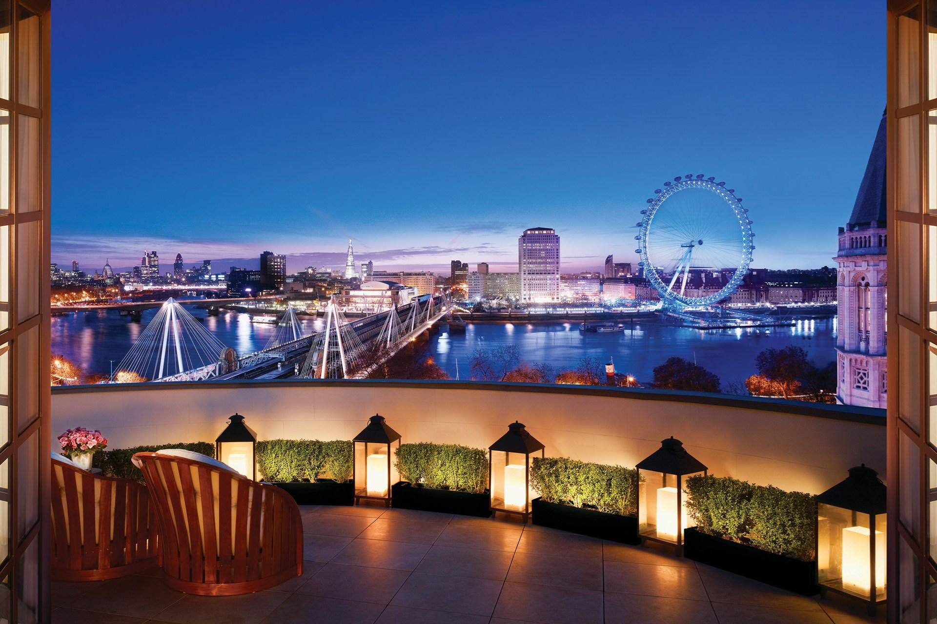 решила фото ночного лондона из окна покрывала