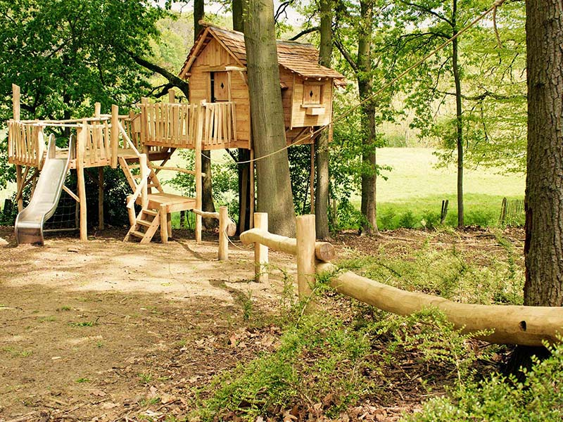 домик на дереве без дерева