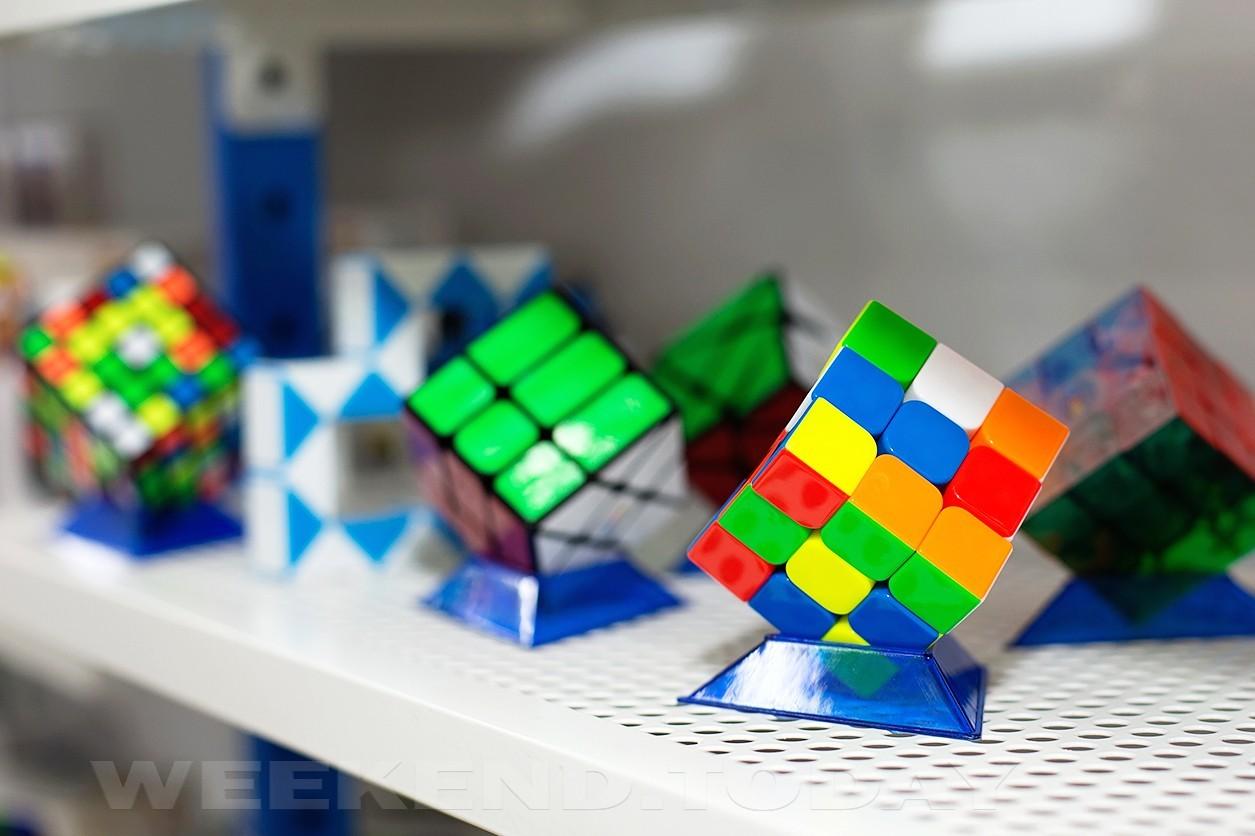 поздравление профессор рубик фото с кубиком это