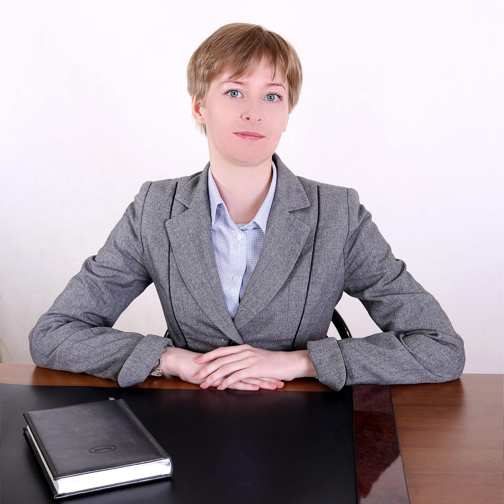старший юрист по банкротству