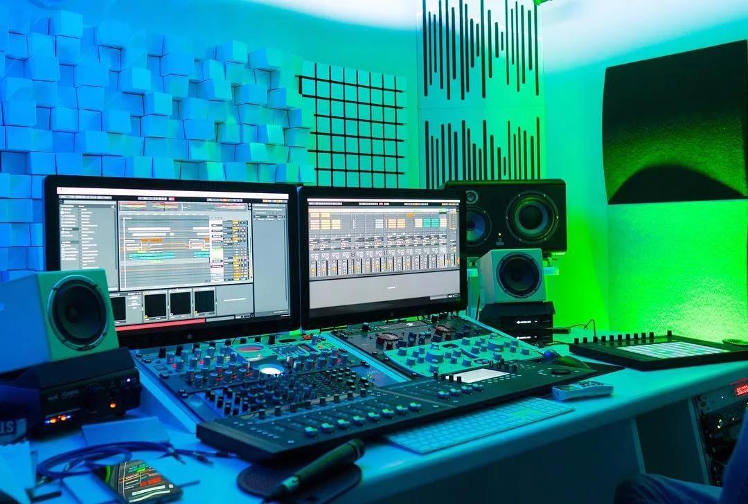 Курс music production PRO онлайн