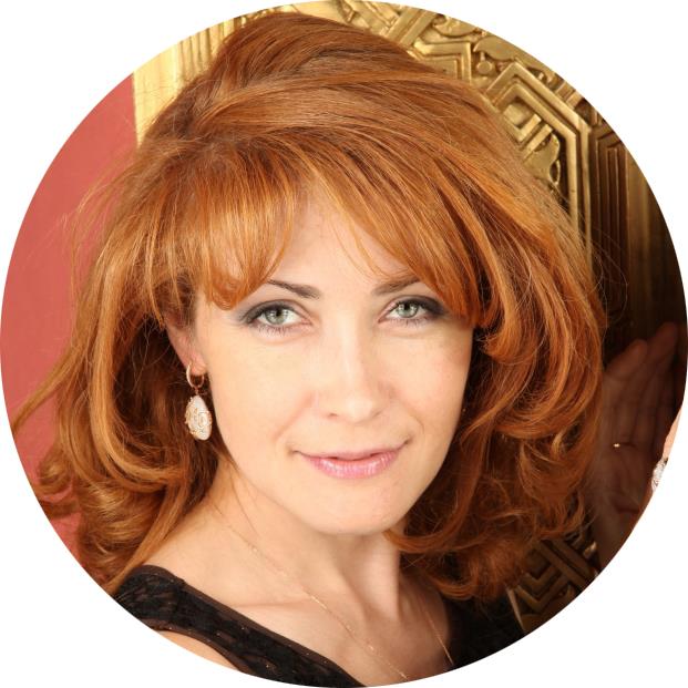 Елена Грабарь - Руководитель Академии Ментальной Эволюции Человека и автор проекта интерактивного мифологического театра