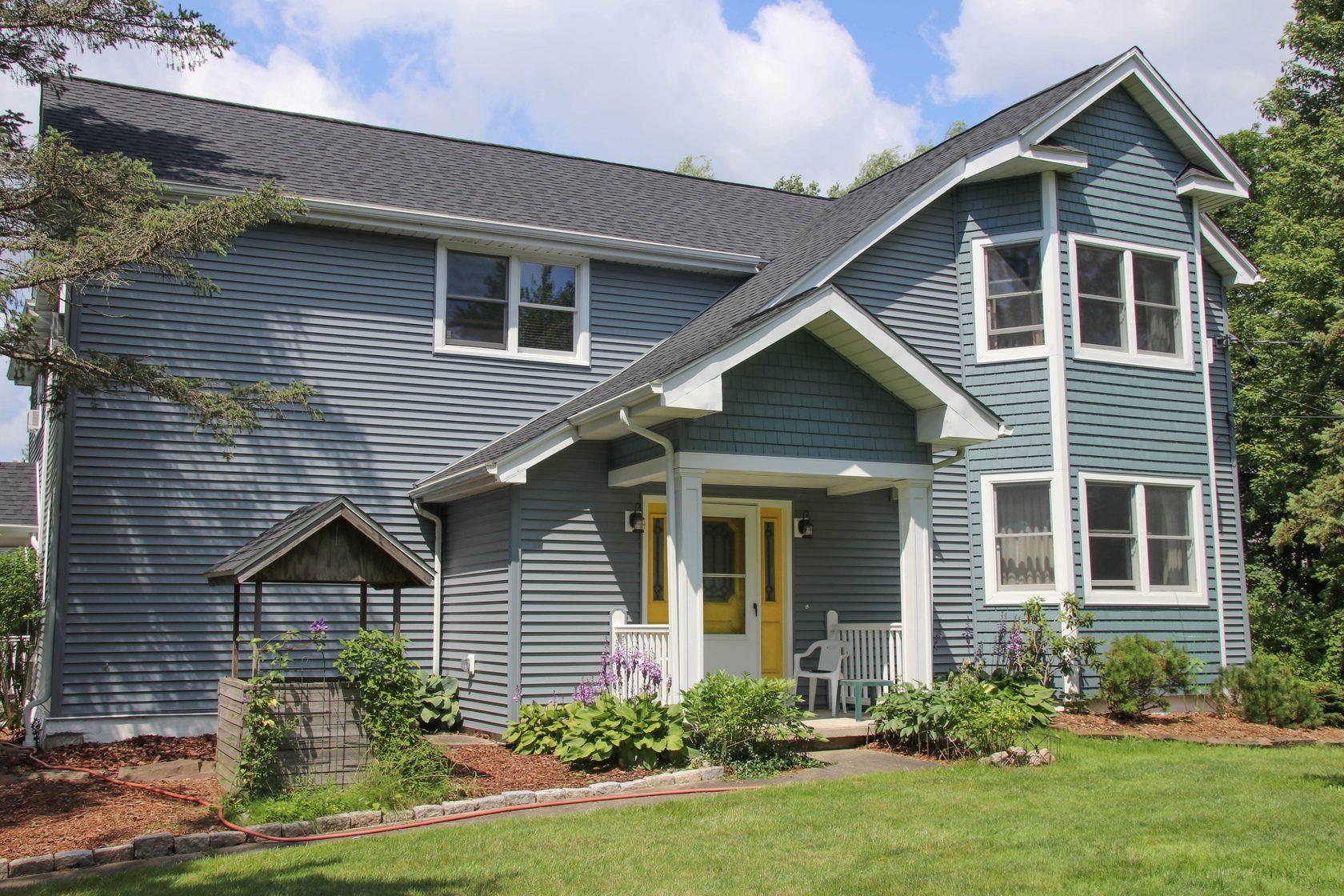 Цветовая гамма деревянных домов в картинках