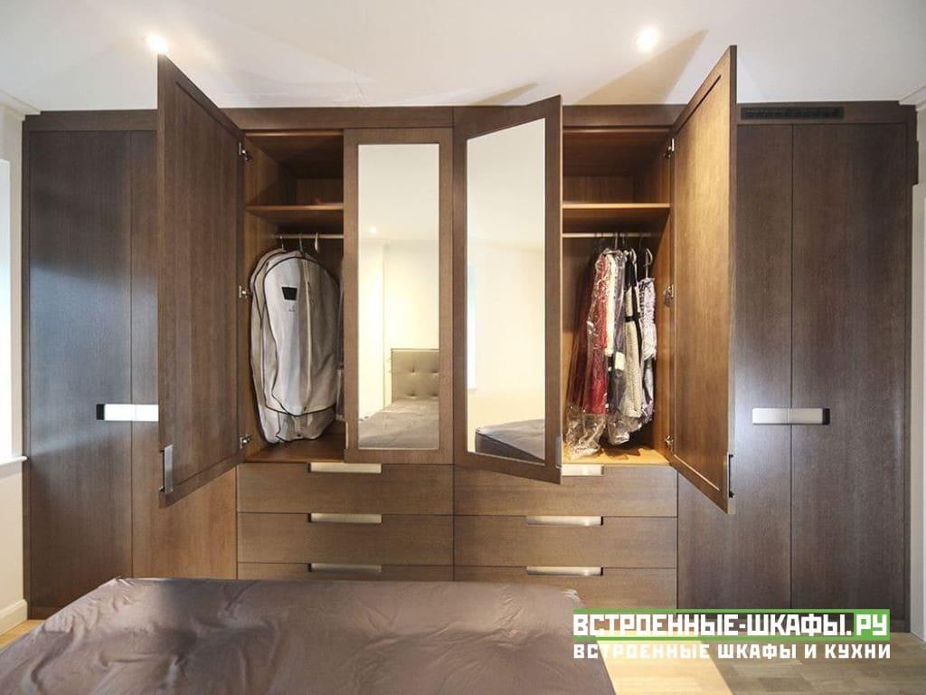 Встроенный шкаф с ящиками изготовленный на заказ