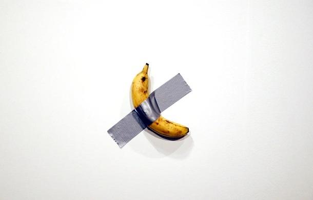 банан на стене, проданный за 120 тыс. долларов