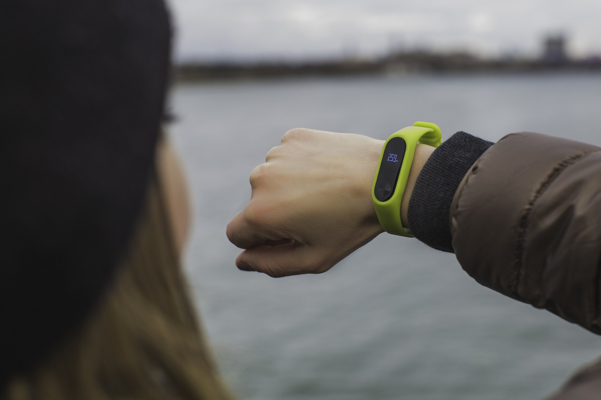 Top 8 Most Popular Fitness Trackers