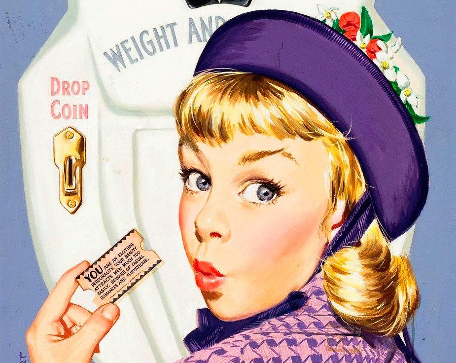 Девочка ест шоколад