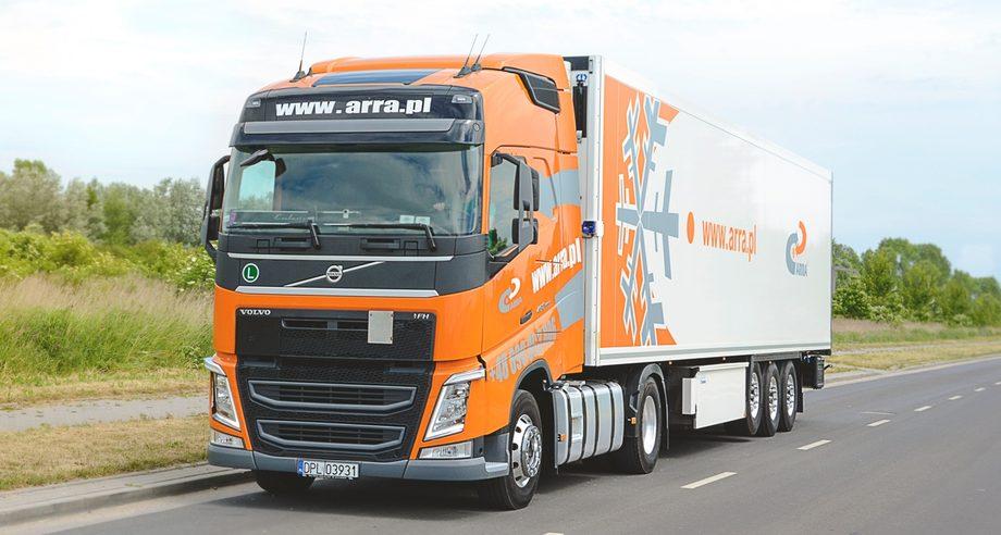 Годовой оборот польской отрасли грузовых автомобильных перевозок составляет 25 млрд евро (фото: arra.pl)