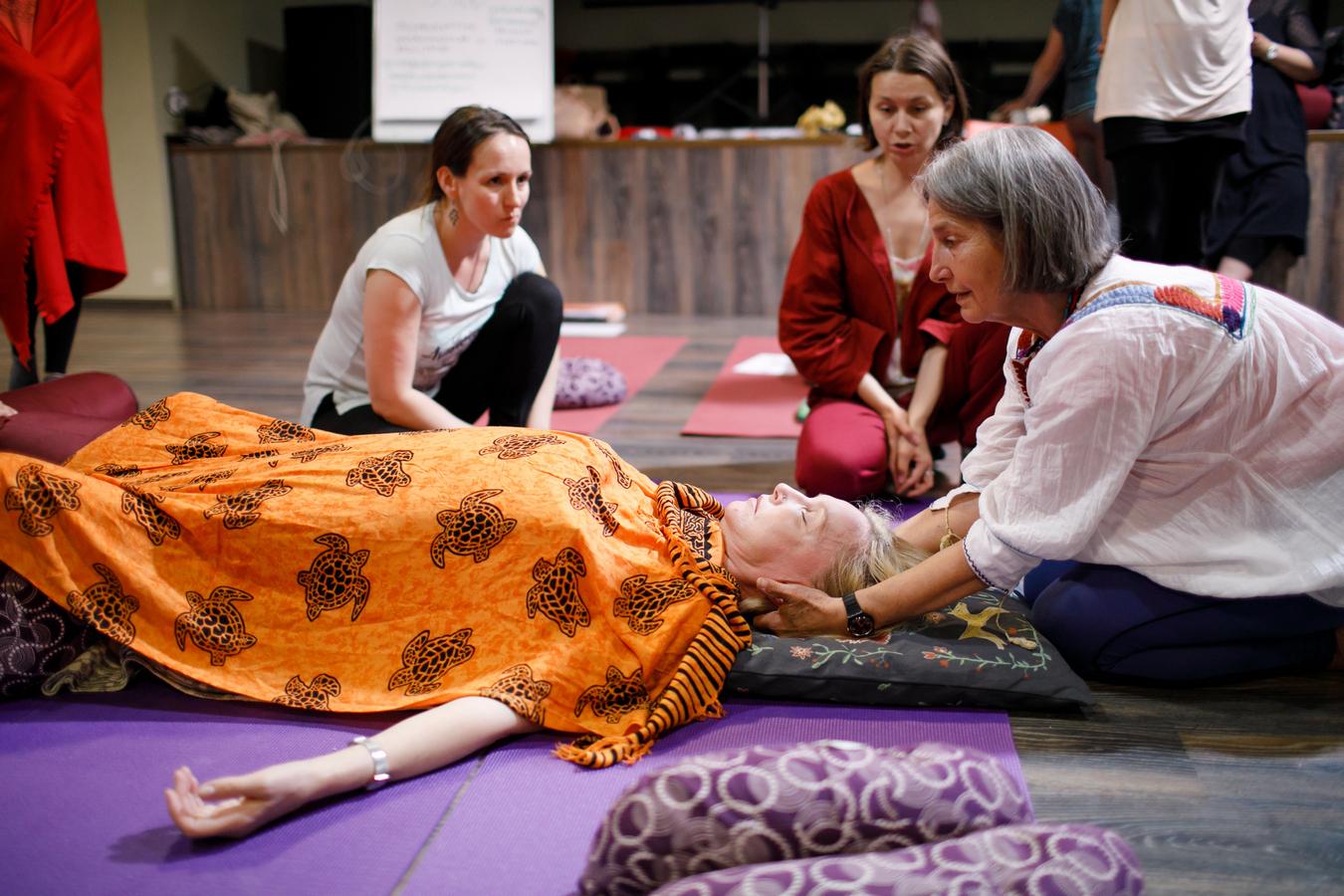 курсы женская йога